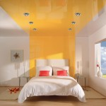 Натяжные потолки и оформление спальни