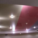 Натяжной потолок: как выбрать светильник