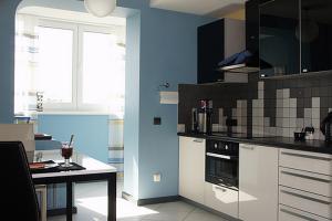 Как разработать оригинальный дизайн кухни с балконом