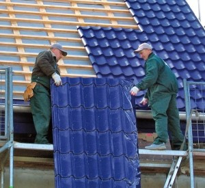 Быстрый монтаж металлочерепицы на крышу дома